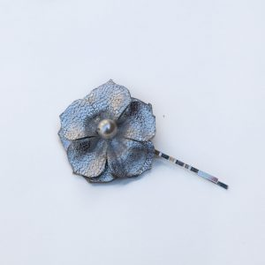 silver flower hair grip