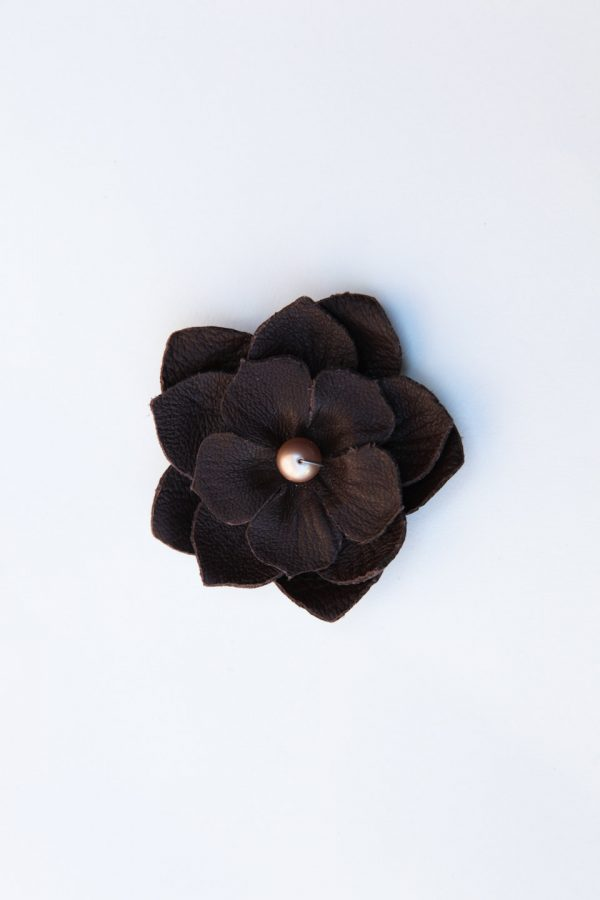 brown flower necklace pendant